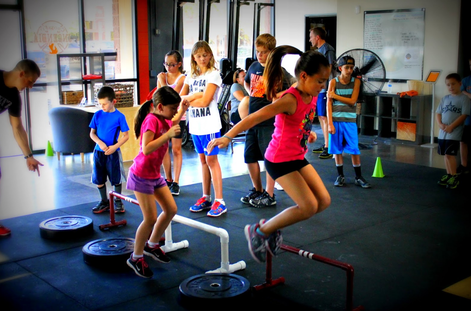crossfit kids, 500 calorie workouts you can do with your kids - crossfit kids